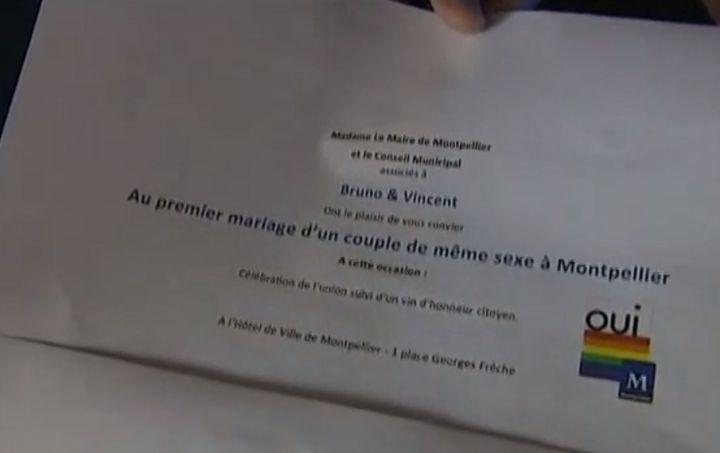 Capture d'écran du reportage de France 2 sur les préparatifs de mariage du premier couple homosexuel à Montpellier. ( FRANCETV INFO)