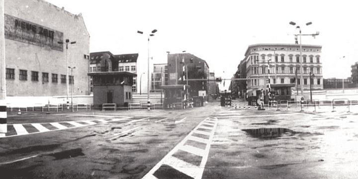 Rue de Berlin avant la chute du mur  (Harf Zimmermann)