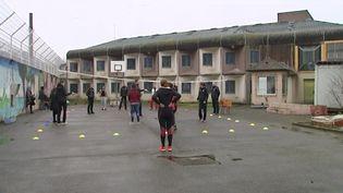 Strasbourg: des volleyeuses en visite en prison (FRANCEINFO)