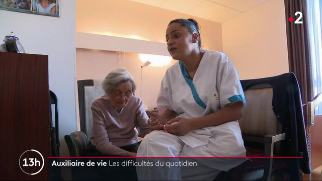 Santé : auxiliaire de vie, un quotidien compliqué