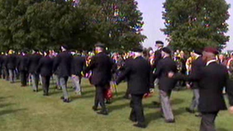 Les anciens combattants reviennent en Normandie, 6 juin 2009 (© France 2)