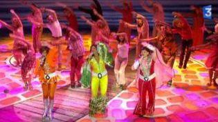 """""""Mamma Mia ! la comédie musicale, au théâtre Mogador à l'automne 2010  (Culturebox)"""