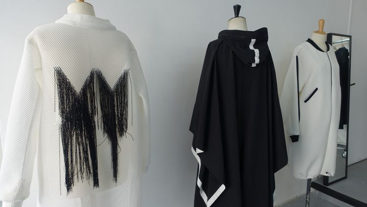 Manteau et poncho XY unisexe  (Corinne Jeammet)