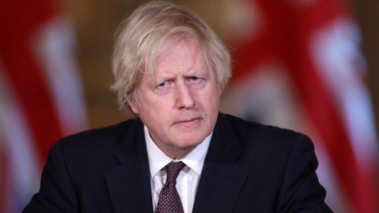Le Premier ministre britannique, Boris Johnson, dans ses bureaux de Londres, le 8 mars 2021. (HANNAH MCKAY)