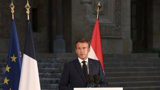 Emmanuel Macron lors d'une conférence de presse à Beyrouth (Liban), jeudi 6 août 2020. (THIBAULT CAMUS / POOL / AFP)