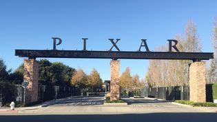 Portail du campus Pixar à Emeryville, en Californie. (FRANKIE TAGGART / AFP)