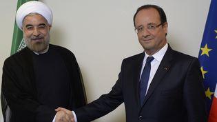 Le président iranien Hassan Rohani et le président français François Hollande, le 24 septembre 2013 à New York (Etats-Unis). (MARTIN BUREAU / AFP)
