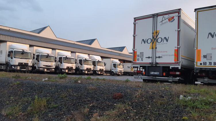Trois syndicats appellent les chauffeurs routiers à exercer leur droit de retrait s'ils estiment que les mesures de sécurité pour éviter la contamination au Covid-19 ne sont pas respectées. (OLIVIER DUC / FRANCE-BLEU BASSE-NORMANDIE)