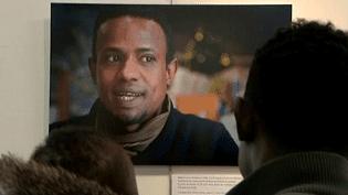 """Exposition """"Des errances : parcours de migrants""""  (France 3 / Culturebox / capture d'écran)"""
