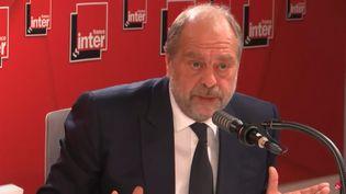 Le ministre de la Justice Eric Dupond-Moretti sur France Inter, le mardi 19 octobre 2021. (FRANCE INTER / RADIO FRANCE)
