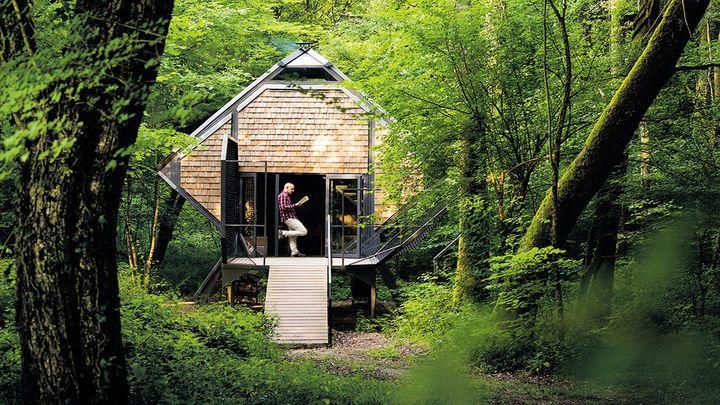 Sur les sentiers du Vent des Forêts, le promeneur peut faire une halte pour la nuit dans les maisons sylvestres le Nichoir, ou la Noisette, à Fresnes-au-Mont dans la Meuse (GUILLAUME RAMON)
