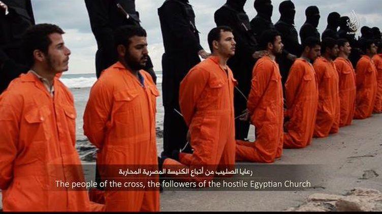 Capture d'écran de la vidéo diffusée par Daech le 15 février 2015 (DR)