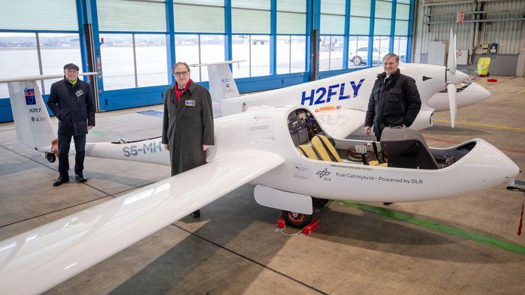 Le vol électrique à l'hydrogène pour les avions des compagnies aériennes ne semble pas pour demain. Ici avec cet avion HY4 de la compagnie HFly, c'est une première étapesur la voie du vol passagers sans émissions. (Illustration) (DPA / PICTURE ALLIANCE VIA GETTY IMAGES)