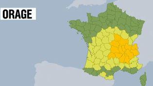 Intempéries : une quinzaine de départements en alerte orange (FRANCE 2)