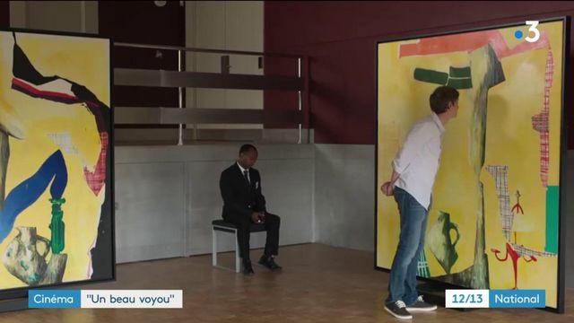 "Cinéma : ""Un beau Voyou"", un polar loufoque qui caricature l'art contemporain"