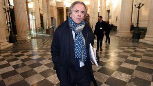 """Hervé Gattegno,directeur de la rédaction du """"Journal du Dimanche"""" et de """"Paris Match"""", le 3 novembre 2015, au Palais de justice de Bordeaux (Gironde). (MEHDI FEDOUACH / AFP)"""