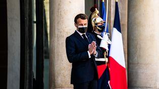 Le Rassemblement national pourrait remporter la région Paca lors des élections du 20 et 27 juin. Emmanuel Macron prépare la riposte. (XOSE BOUZAS / HANS LUCAS)