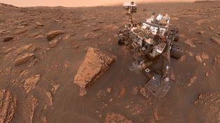 Le robot Curiosity creuse la surface de Mars à la recherche d'éventuelles traces de vie, le 20 juin 2018. (NASA/JPL-CALTECH/MSSS / HANDOUT / ANADOLU AGENCY VIA AFP)