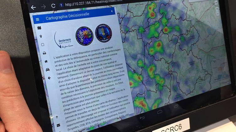 Le logiciel de prédiction des cambriolages et des vols de voitures prend la forme d'une carte de France avec des zones plus ou moins à risque. (DAVID DI GIACOMO / RADIO FRANCE)
