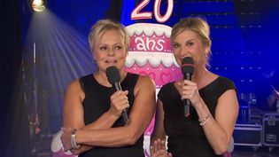 Muriel Robin et Michèle Laroque jouent leur spectacle à l'Olympia de Reims, samedi 7 janvier.  (France 2)