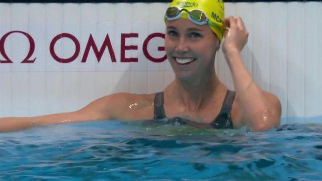 La nageuse australienne s'impose en 23''81, elle signe un nouveau record olympique, elle devance  Sarah Sjoestroem (2e) et  Pernille Blume (3e).