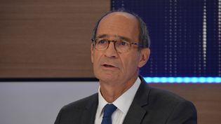 Le député (LR) de l'Oise Eric Woerth, le 12 septembre 2016 sur franceinfo. (JEAN-CHRISTOPHE BOURDILLAT / FRANCE-INFO)