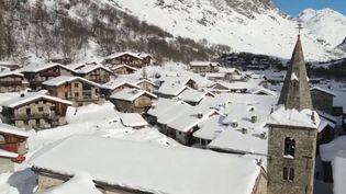 Savoie: privée de ses remontées mécaniques, Bonneval-sur-Arc mise sur son patrimoine (FRANCE 3)