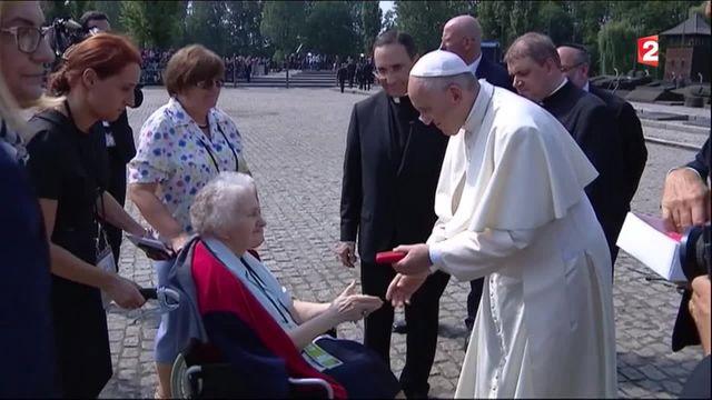 Pape François : un déplacement plein d'émotion à Auschwitz