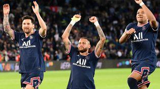 Cette saison, le trio offensif du PSG n'a été aligné ensemble qu'à quatre reprises. (FRANCK FIFE / AFP)