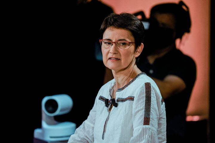 Nathalie Arthaud lors d'un débat pour les élections régionales en Ile-de-France, le 14 juin 2021 à Paris. (LUDOVIC MARIN / AFP)