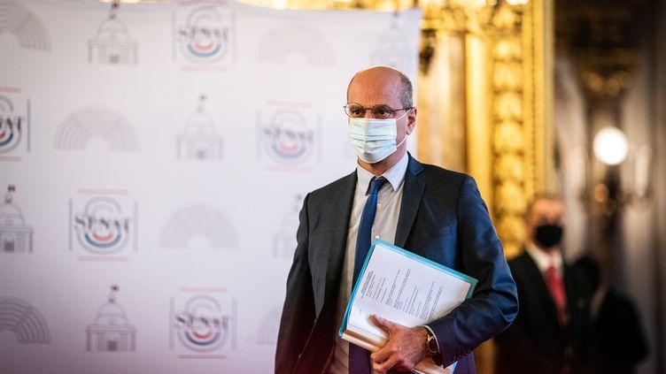 Le ministre de l'Education nationale, Jean-Michel Blanquer, lors d'une séance de questions au gouvernement au Sénat, le 16 décembre 2020. (XOSE BOUZAS / HANS LUCAS / AFP)