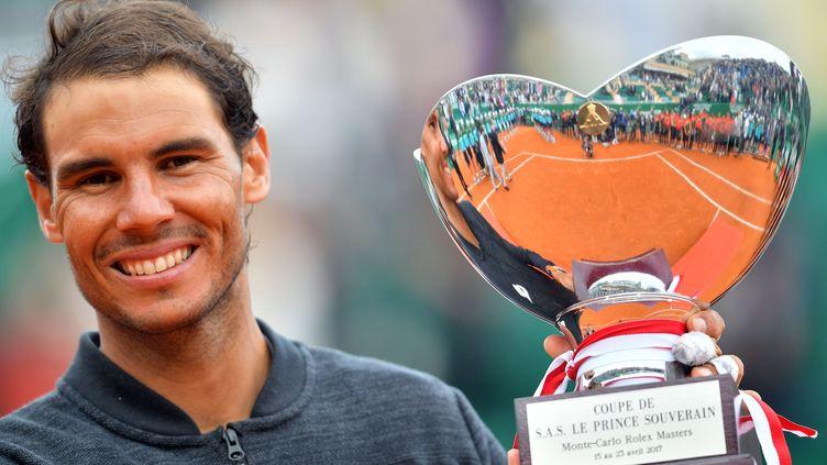 Rafael Nadal et son 10e trophée à Monte Carlo (PHILIP ROCK / ANADOLU AGENCY)