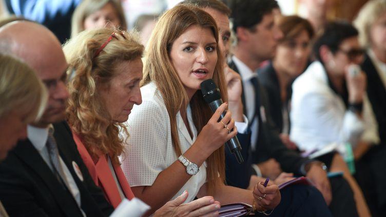 La secrétaire d'Etat Marlène Schippa lors du comité interministériel sur l'immigration, le 3 septembre 2019 à l'hôtel Matignon, à Paris. (ERIC FEFERBERG / AFP)