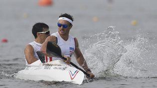 Le kayakiste tricolore Guillaume Burger (au premier plan) ne sait toujours pas s'il pourra disputer les Jeux Olympiques de Tokyo, cet été. (JEAN MARIE HERVIO / DPPI MEDIA)