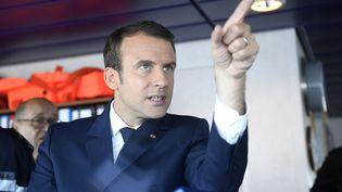 Emmanuel Macron le 1er juin, sur l'Abeille Bourbon, dans le Morbihan. (DAMIEN MEYER / AFP)
