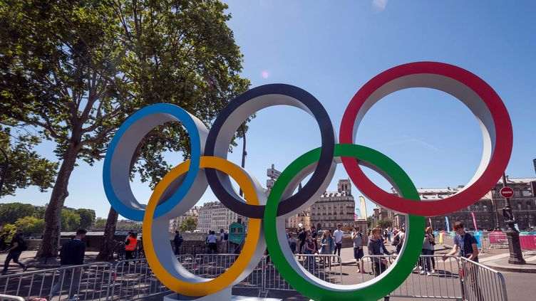 Des anneaux olympiques à Paris , le 23 juin 2018. Photo d'illustration. (BRUNO LEVESQUE / MAXPPP)