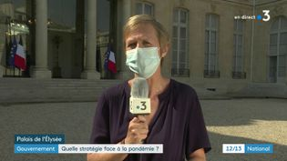 Anne Bourse en direct de l'Elysée. (FRANCE3 / FRANCETV INFO)