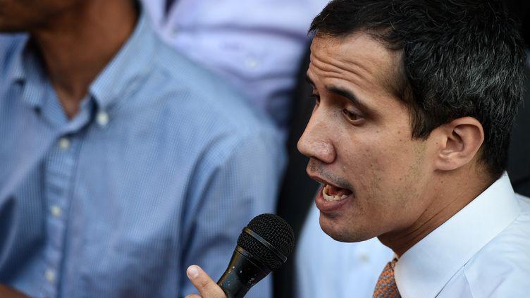 Le leader de l'opposition au venezuela Juan Guaido, le 1er avril 2019, à Caracas. (FEDERICO PARRA / AFP)