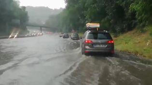 Intempéries sur une autoroute, juin 2018. (FRANCE 3)