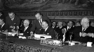 Signature du Traité de Rome le 25 mars 1957 (ANSA/EPA/MaxPPP)
