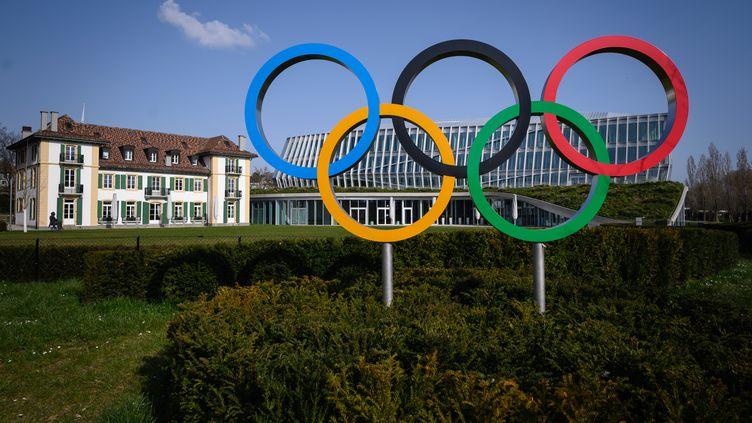 Le CIO soutient les recommandations des athlètes pour davantage de liberté d'expression.  (FABRICE COFFRINI / AFP)