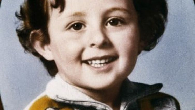 Portrait de Grégory Villemin, dont le corps avait été découvert le 16 octobre 1984. (MARCEL MOCHET / AFP)