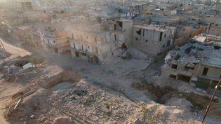 Le district de Tariq al-Bab, à Alep (Syrie), après un raid aérien de l'armée russe, le 5 octobre 2016. (JAWAD AL RIFAI / ANADOLU AGENCY / AFP)