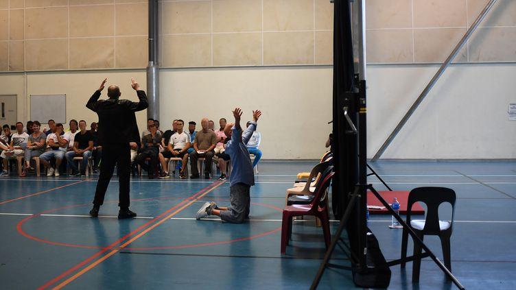 """""""Hamlet"""" au Centre pénitentiaire d'Avignon, sous la direction d'Olivier Py  (ANNE-CHRISTINE POUJOULAT / AFP)"""