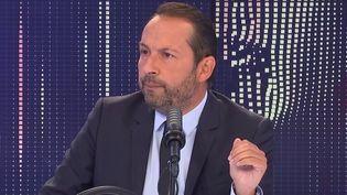 Sébastien Chenu, porte-parole du Rassemblement national et député du Nord, était l'invité de franceinfo le 17 septembre 2021. (FRANCEINFO / RADIO FRANCE)