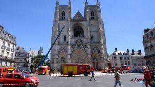 L'incendie dans la cathédrale de Nantes, le 18 juillet 2020. (ESTELLE RUIZ / NURPHOTO / AFP)