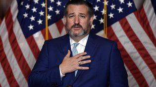 Le sénateur républicain du Texas Ted Cruz, lors de la nomination à la Cour suprême des Etats-Unis de la juge Amy Coney Barrett, au Congrès, à Washington, le 26 octobre 2020. (OLIVIER DOULIERY / AFP)