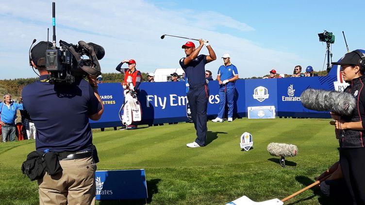 Tiger Woods sur le parcours du Golf national à Saint Quentin en Yvelines pour la Ryder Cup 2018 (Fabrice Rigobert Radio France)