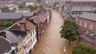 Belgique :des villes inondées et endeuillées suite aux intempéries (France 2)