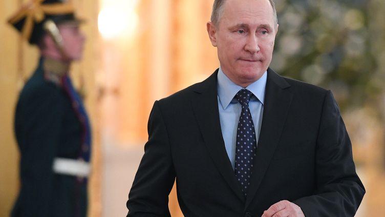 Selon la CIA, le FBI et la NSA, Vladimir Poutine a diligenté la cyberattaque visant à pirater le Parti démocrate américain. (NATALIA KOLESNIKOVA / POOL)